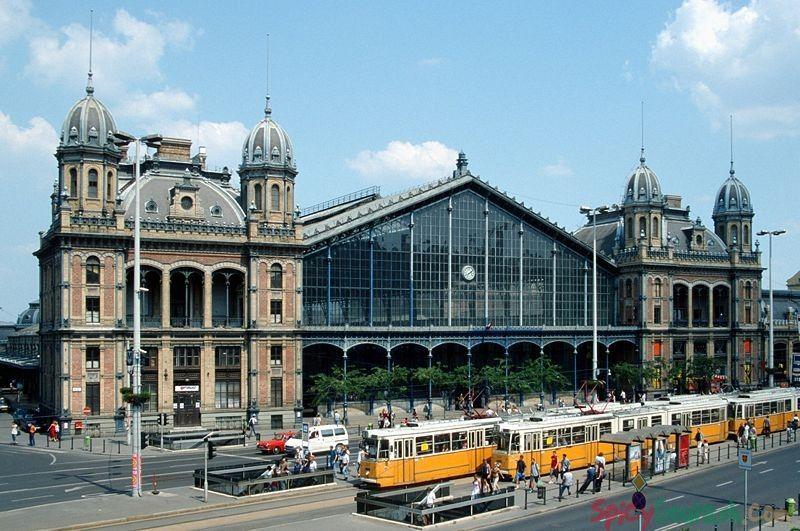 Ga xe lửa Budapest